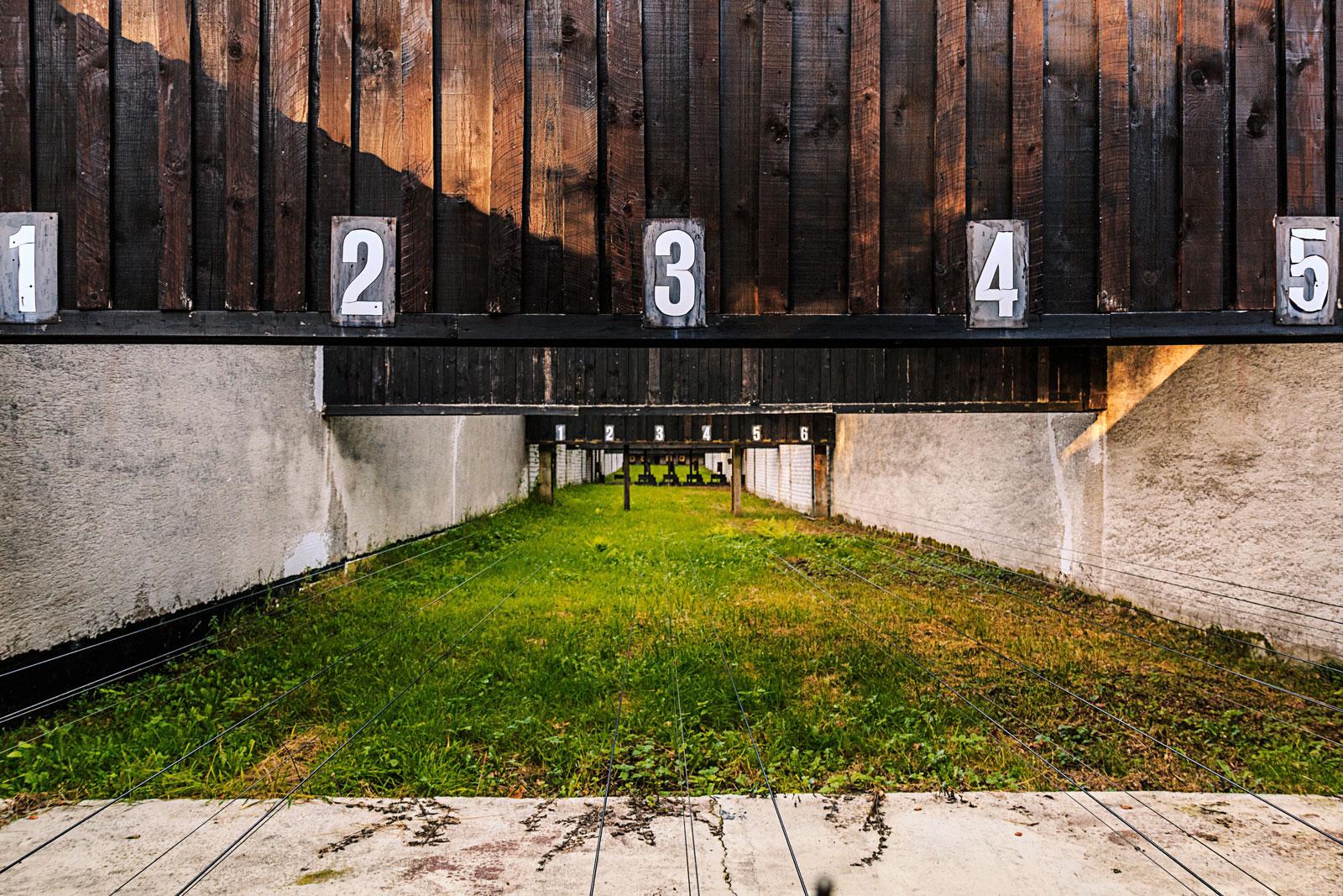 Hier sehen Sie Schießscheiben und Hülsen des Altenvoerder Schützenverein.